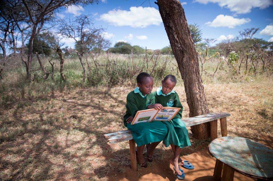 maasai-girls-read-pg-266-267hp